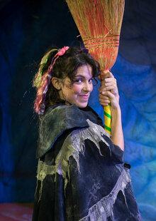Tina, la bruixa fina